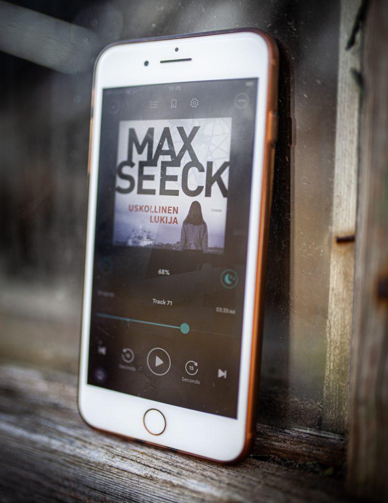 Max Seeck uskollinen lukija