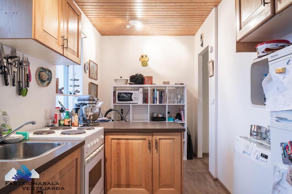 vanhan talon remontti aloitus keittiö