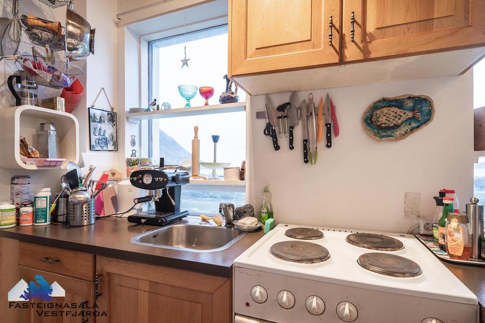 vanhan talon remontti keittiö