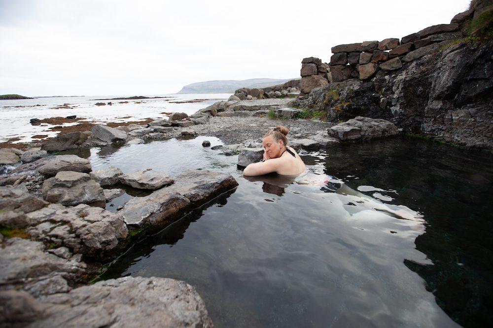 muutto islantiin miten
