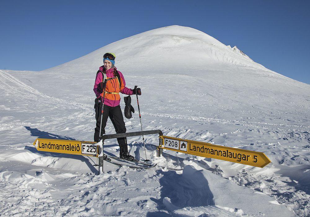 talvinen hiihtovaellus islannissa