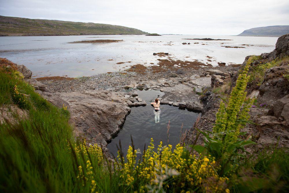 islannin luonnon uimapaikat hellulaug